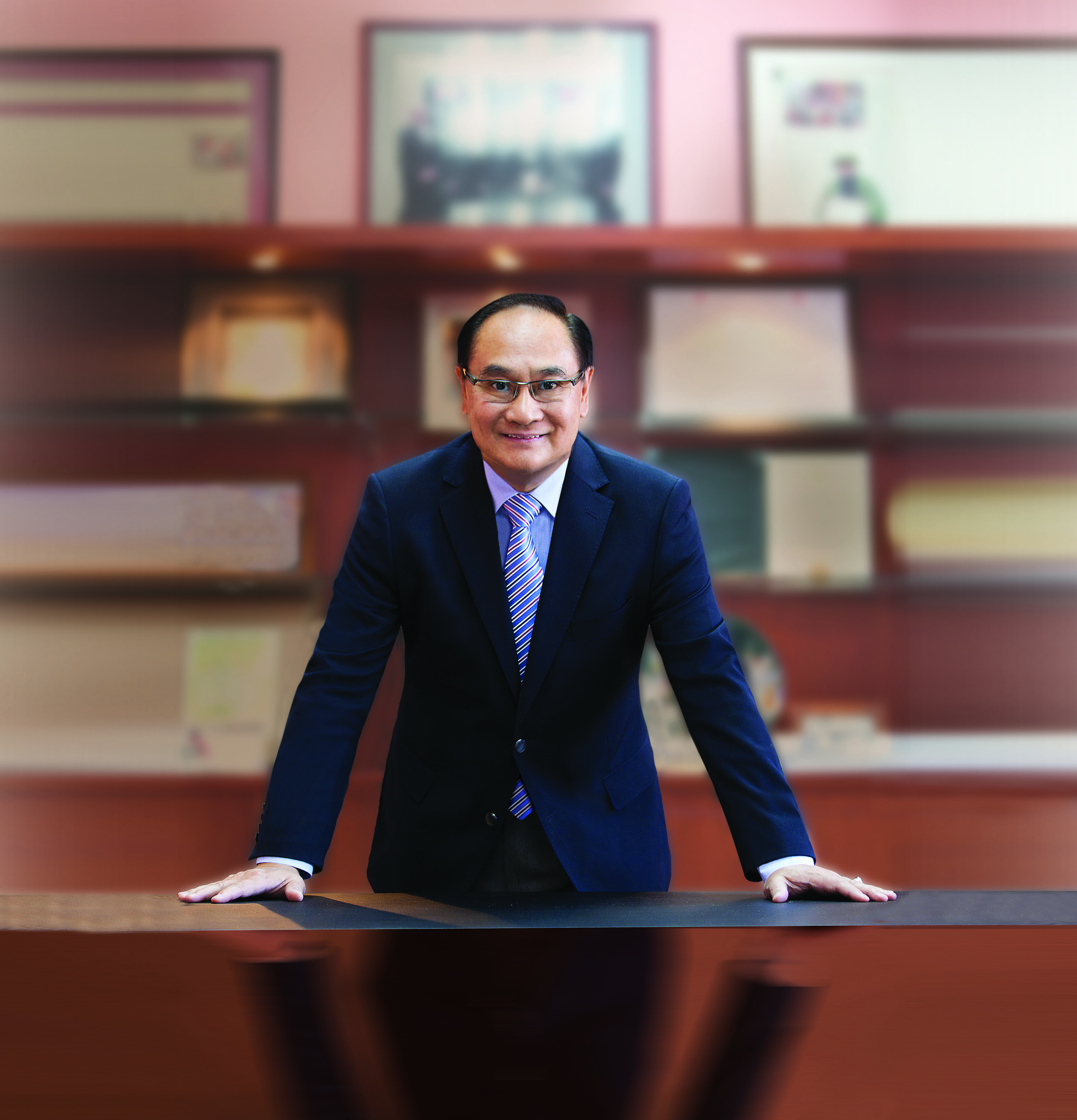 Dr.Francis Pang